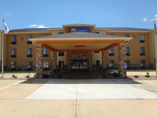 Photo of Comfort Inn & Suites Cedar Rapids