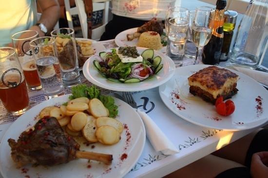 Pelekanos : our meals