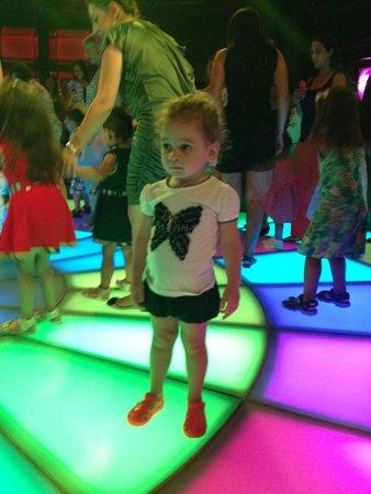 Cornelia Diamond Golf Resort & Spa: детская дискотека
