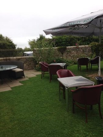 The Cook & Barker Inn: seating area