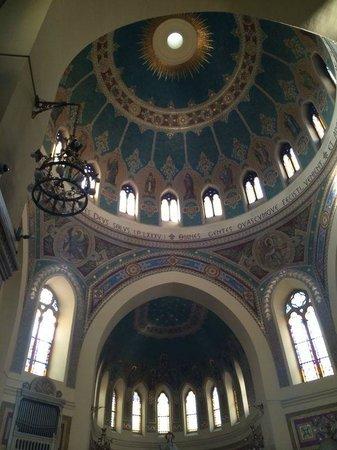 Iglesia de San Manuel y San Benito: Imagem do teto