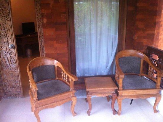 Keraton Jimbaran Beach Resort : Balcon privado