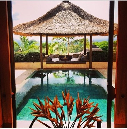 Amanjiwo Resorts : Our private pool @mytraveldiary101