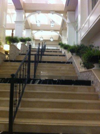 Titanic Deluxe: lobby stairway