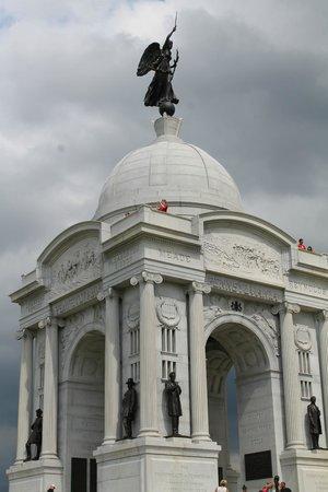 Gettysburg National Military Park : Memorial monument for Pennsylvania Veterans of the Battle of Gettysburg