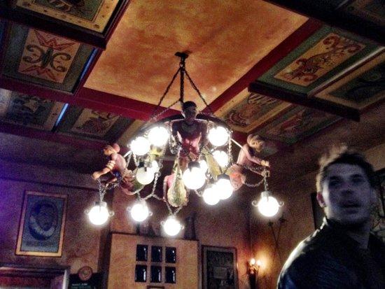 Pivnice Dacicky : Beautiful detailing