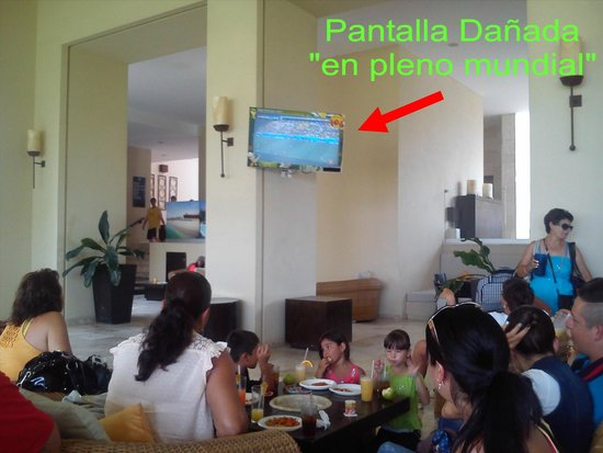 Occidental Nuevo Vallarta : La TV mas grande para disfrutar el mundial!!