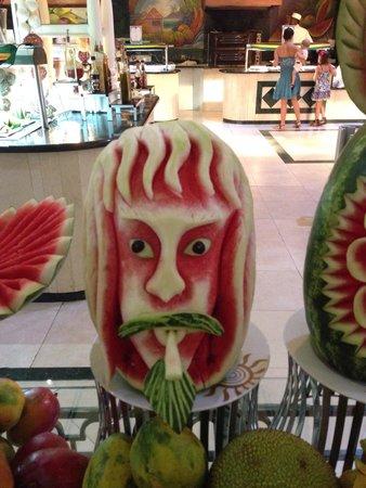 Grand Bahia Principe Jamaica: Melon sculpture