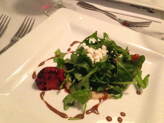 Cafe Venice: grilled strawberries, a total taste treat
