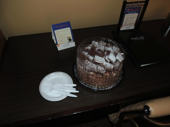 SeaCrest OceanFront Hotel: Yummy german choco cake