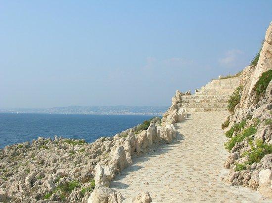 Promenade Maurice Rouvier : la scogliera bianca