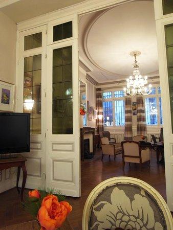 Best Western Grand Hotel Francais : ホテルロビー。
