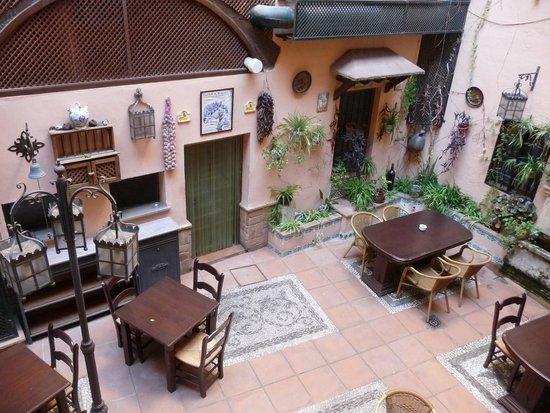 Hotel Posada Del Toro: Il patio