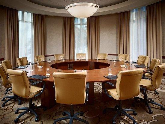 The Chattanoogan: Kinsey Boardroom