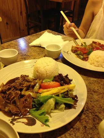 Quan 99 Vietnamese Restaurant: Nice fresh food.