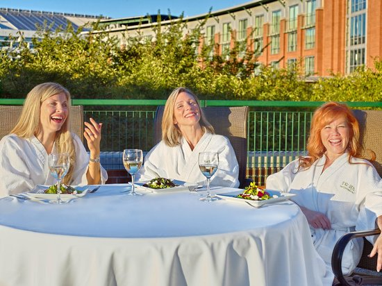 The Chattanoogan: Girls Spa Getaway