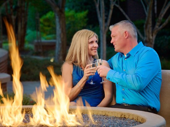 The Chattanoogan: Night Out by Firepit