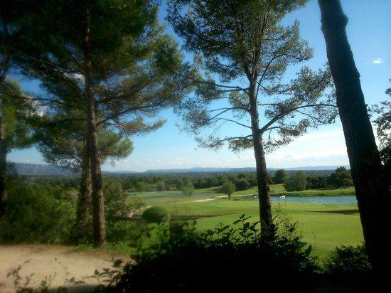 Madame Vacances Résidence Provence Country Club : La vue du golf de mon appartement