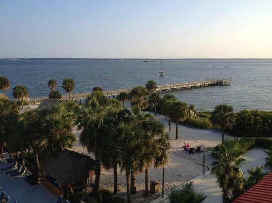 Charleston Harbor Resort & Marina: a beach area but no access to the water from the sand