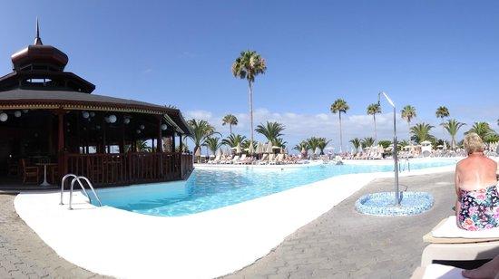 Hotel Riu Palace Tenerife : Pool area