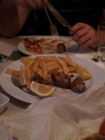 Greco's Nest: pork psaronefri