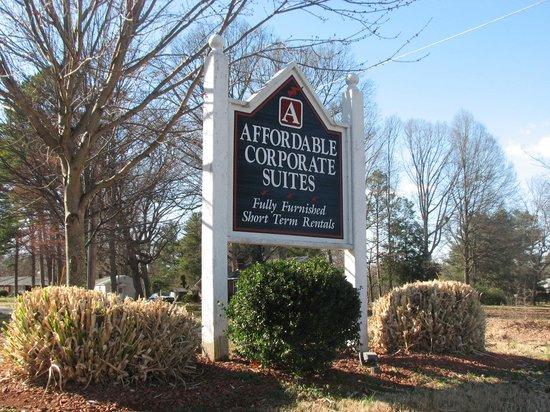 Affordable Corporate Suites: Entry driveway