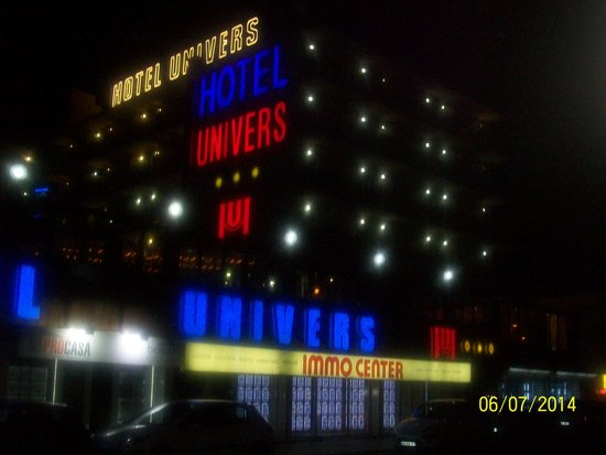Univers Hotel: The Hotel