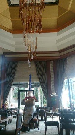 The Peninsula Bangkok: lobby