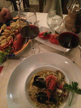 Da Vincenzo: Seafood pasta and tomato salad- both outstanding!