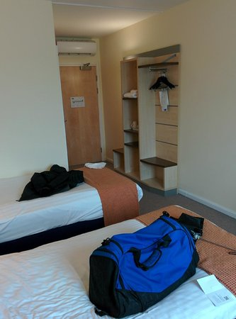 Holiday Inn Express Burnley: View of the room from the window