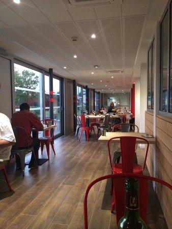 Brit Hotel Toulouse Colomiers – L'Esplanade : Restaurant
