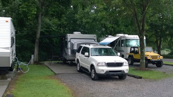 Big Meadow Family Campground: Sites by the Little River