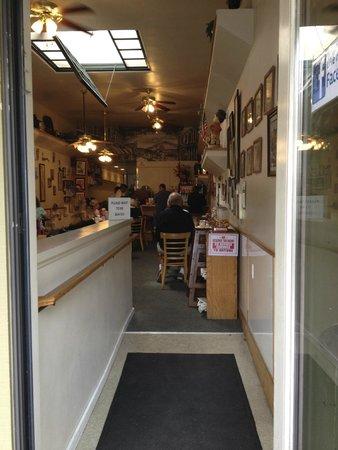 Old Monterey Cafe: inside