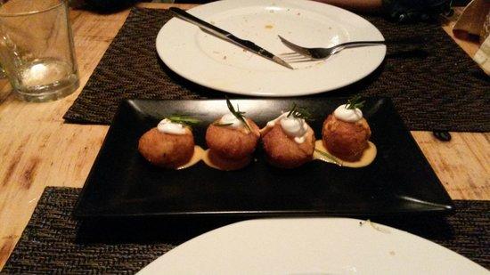 Ballakano : Potato ball?
