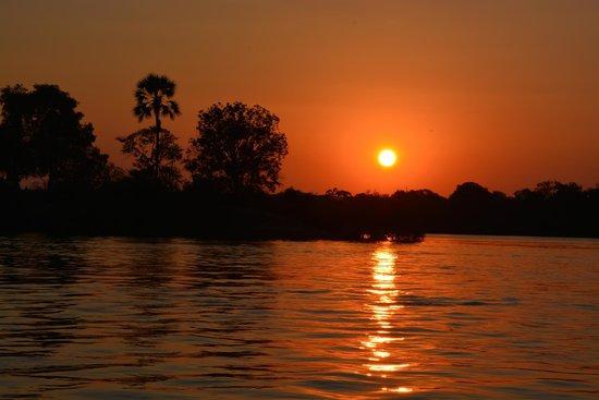 The River Club: Sunset on the Zambezi