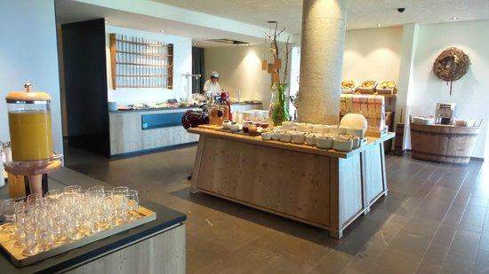 Hotel Gitschberg: Buffet colazione con cuoca per disponibile per cuocere al momento