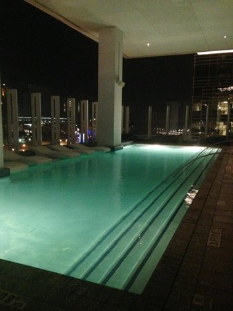 W Atlanta Downtown : Rooftop pool