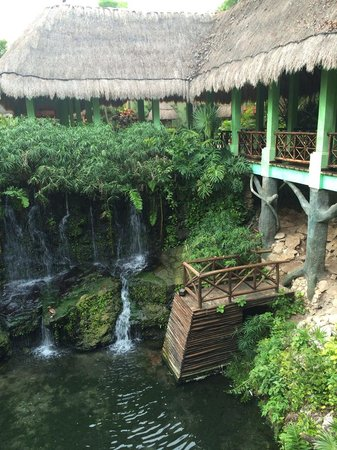 Iberostar Quetzal Playacar: View from bridge to the restaurant