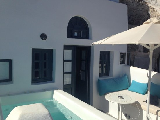 Oia Collection Suites and Villas : Our terrace