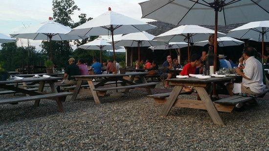 Wyebrook Farm Cafe and Market : Patio