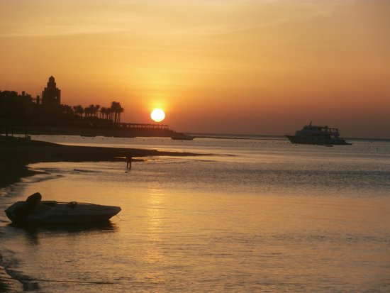 SUNRISE Select Royal Makadi Resort: sunrise at the sunrise