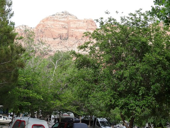 Quality Inn at Zion Park: Mountains above the campground from our proch