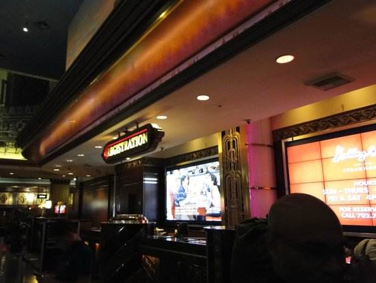 New York - New York Hotel and Casino: Reception