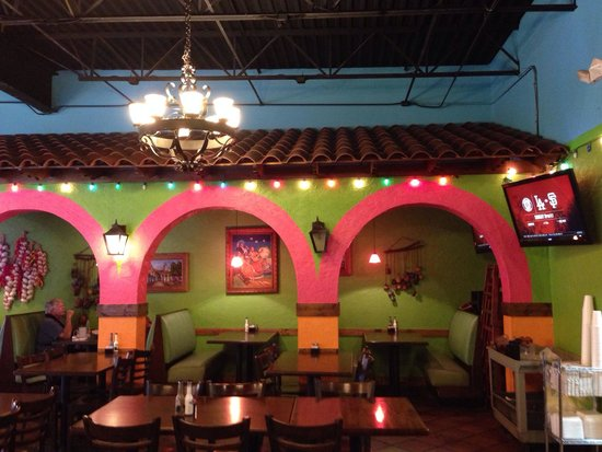 Habaneros: Dining area