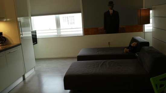 The Franklin Hotel: Appart Magritte