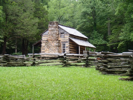 Cades Cove Visitor Center : John Oliver Place