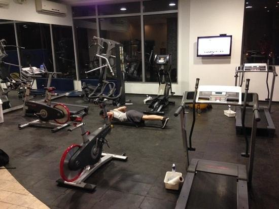 NH Collection Barranquilla Smartsuites Royal: the fitness area