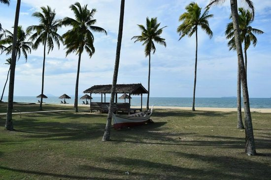 Terrapuri Heritage Village: Beach in front of Village