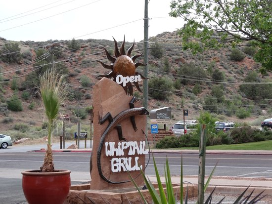 Whiptail Grill : The sign you are looking for