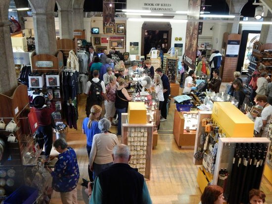 The Book of Kells and the Old Library Exhibition : Gift Shop